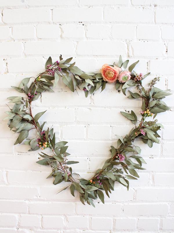 diy flower heart wreath valentines day